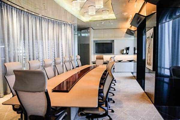 Luxuriöser Meetingraum